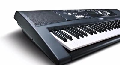 digital piano yamaha ez 220 full review a good piano. Black Bedroom Furniture Sets. Home Design Ideas